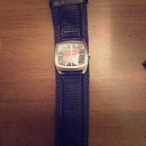 Fossil wide band watch- needs battery